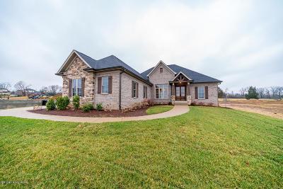 Louisville Single Family Home For Sale: 7 Ladbroke Grove Rd