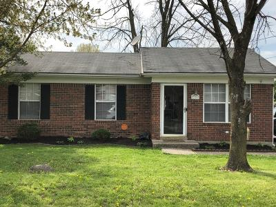 Louisville Single Family Home For Sale: 335 Earlywood Way