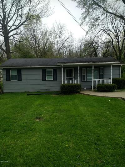Oldham County Single Family Home For Sale: 700 W Madison St