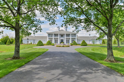 Single Family Home For Sale: 1700 Park Shore Rd