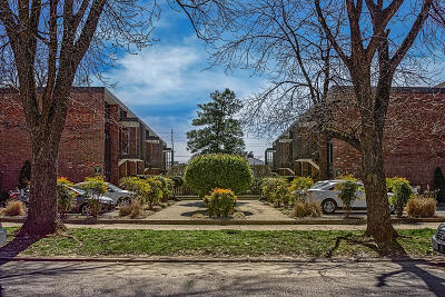 Louisville Condo/Townhouse For Sale: 1040 Cherokee Rd #B2