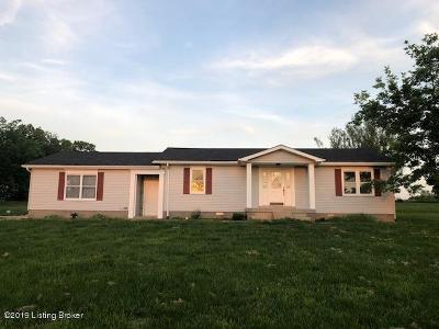 Shelbyville Single Family Home For Sale: 900 Flood Rd