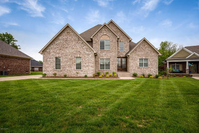 Single Family Home For Sale: 11704 Timberland Dr