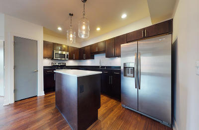 Louisville Condo/Townhouse For Sale: 110 S Campbell St #205