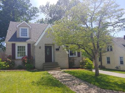 Shelbyville Single Family Home For Sale: 1304 Oak St
