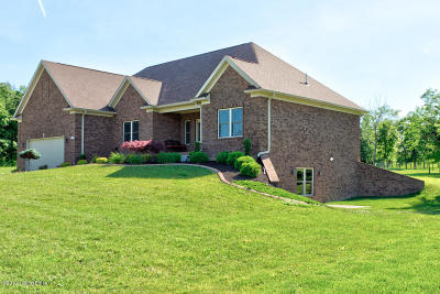 Bullitt County Single Family Home For Sale: 237 Sunvalley Ct