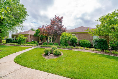 Louisville Single Family Home For Sale: 1131 Flat Rock Rd