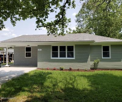 Bullitt County Single Family Home For Sale: 216 N Triangle Ln