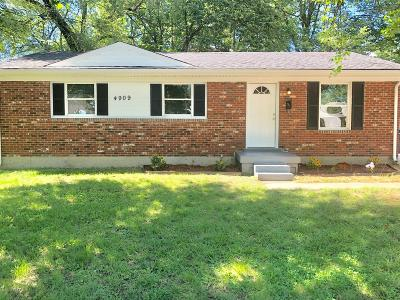 Louisville Single Family Home For Sale: 4909 Garden Green Way