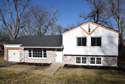 Single Family Home For Sale: 1805 Springhill Rd