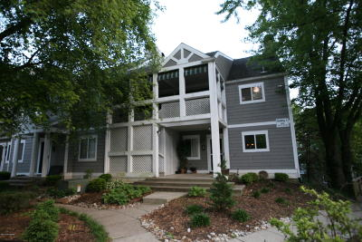 Louisville Condo/Townhouse For Sale: 20 Lake Ave