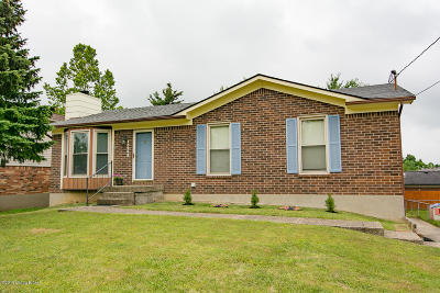 Louisville Single Family Home For Sale: 10302 Bayport Rd