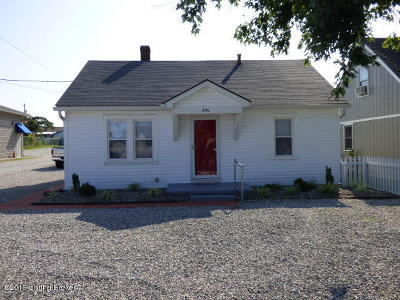 Mt Washington Single Family Home Active Under Contract: 890 N Bardstown Rd