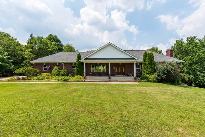 Louisville Single Family Home For Sale: 15121 Barbet Way