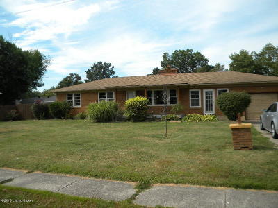 Louisville Single Family Home For Sale: 5985 W Pages Ln