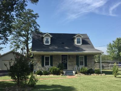 Shepherdsville Single Family Home For Sale: 1100 Beech Grove Rd