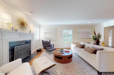 St Matthews Single Family Home For Sale: 4306 Talahi Way