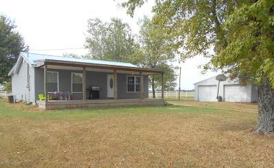 Clarkson KY Single Family Home For Sale: $119,000