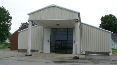 Morganfield Commercial Under Contract: 257 N Padgett