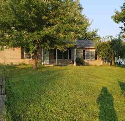 Corydon Single Family Home For Sale: 556 Wilson Ln
