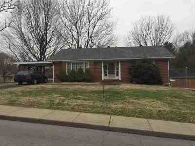 Morganfield Single Family Home For Sale: 100 S Mart Street