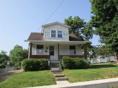 Single Family Home Sold: 110 W Forest Avenue