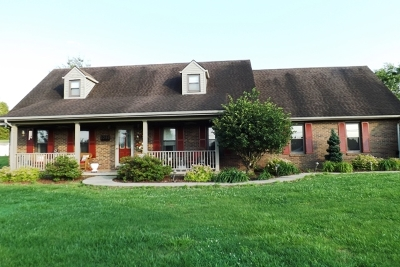 Greensburg Single Family Home For Sale: 3392 Campbellsville Road