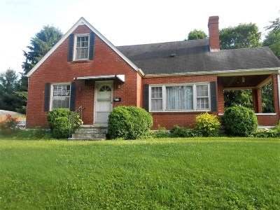 Meade County, Bullitt County, Hardin County Single Family Home For Sale: 414 E Main Street