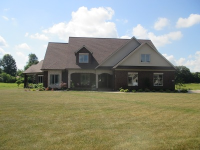 Elizabethtown Single Family Home For Sale: 136 Low Country Court