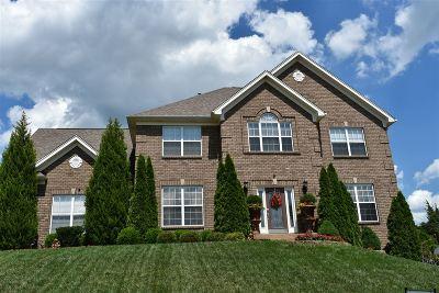 Elizabethtown Single Family Home For Sale: 217 Keystone Court