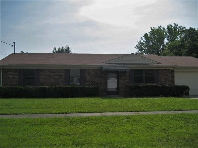 Radcliff KY Single Family Home For Sale: $129,900