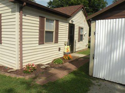 Vine Grove Single Family Home For Sale: 514 Highland Avenue