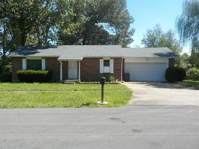 Vine Grove Single Family Home For Sale: 1441 Hawkins Drive