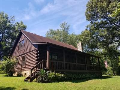 Vine Grove Single Family Home For Sale: 832 E Main Street
