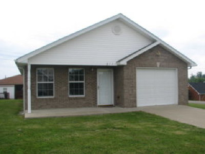 Elizabethtown Single Family Home For Sale: 307 Cottrell Lane