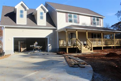 Vine Grove Single Family Home For Sale: 46 Justice Lane