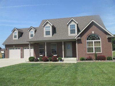 Elizabethtown Single Family Home For Sale: 714 Vanderbilt Drive