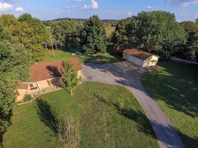 Cecilia Single Family Home For Sale: 181 Yates Chapel Road