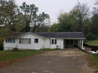 Greensburg Single Family Home For Sale: 106 Lewis Court
