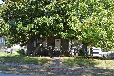 Elizabethtown KY Single Family Home For Sale: $97,500