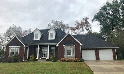 Hodgenville Single Family Home For Sale: 224 Woebegona Way