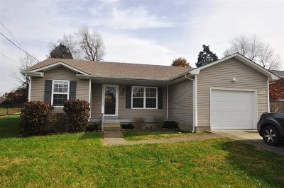 Radcliff Single Family Home For Sale: 122 Academy Lane