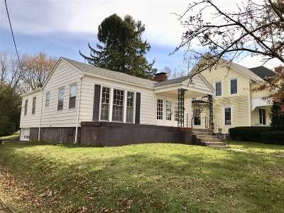 Hodgenville Single Family Home For Sale: 223 S Lincoln Boulevard