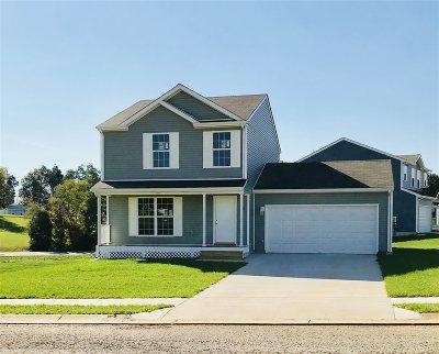 Elizabethtown Single Family Home For Sale: 100 Trellis Way