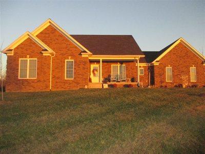 Vine Grove Single Family Home For Sale: 2262 Crume Road