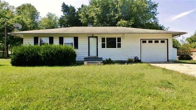 Radcliff KY Single Family Home For Sale: $89,900