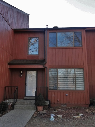Doe Valley Single Family Home For Sale: 493 Piping Rock Road