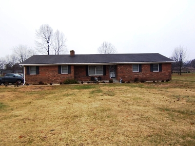 Bardstown Single Family Home For Sale: 165 Woodlawn Road