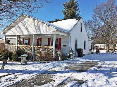 Springfield Single Family Home For Sale: 303 Maplewood Avenue