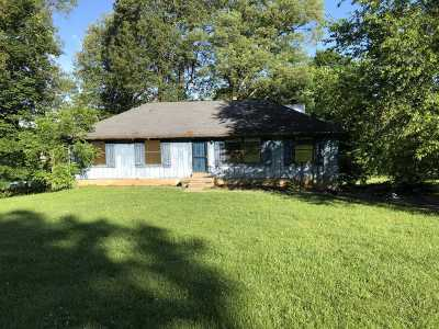 Radcliff KY Single Family Home For Sale: $164,700